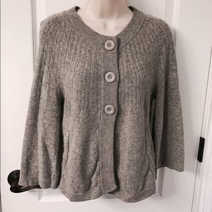 ❤ H&M Gray Sweater with Pockets and Button Details